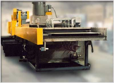 Power Roller Conveyor to clean and dry light gage aluminum